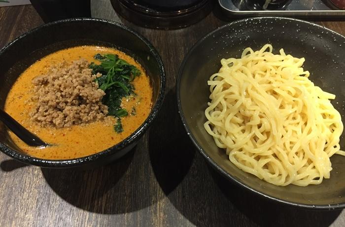 地獄の担担麺 護摩龍のつけ麺